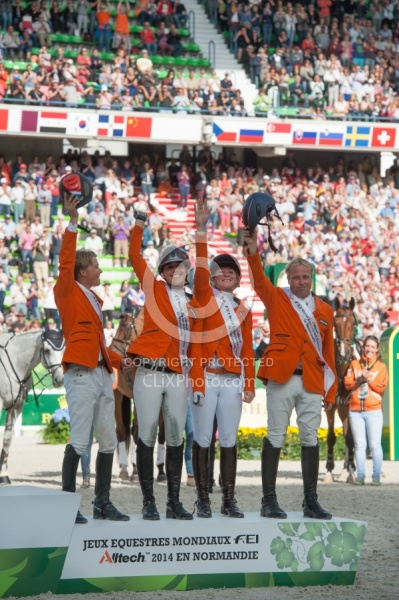 Netherlands Eventing Team win Bronze WEG 2014 Normandy, France L